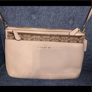 Coach crossbody tan purse with C logo pouch